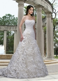 New Wedding Gowns Show Off Latest Trends--Part 1 3